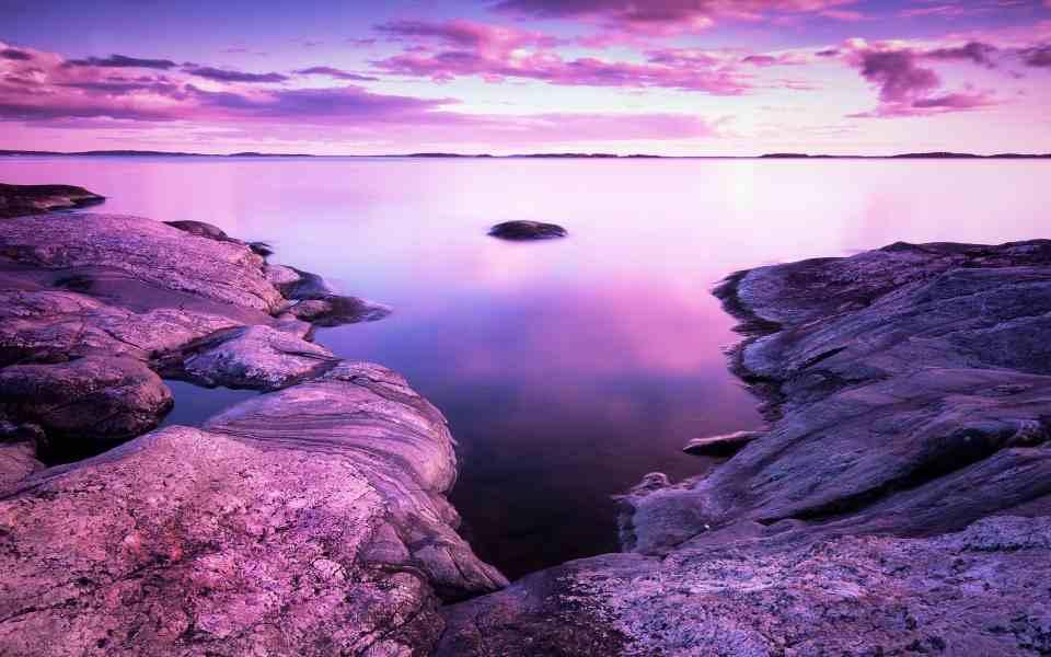 唯美湖泊风光高清桌面壁纸